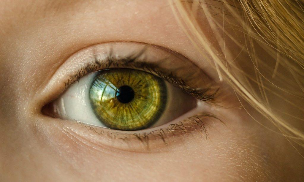 significado del color de ojos verdes